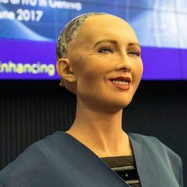 800px-Sophia_(robot)_2 - Wiki